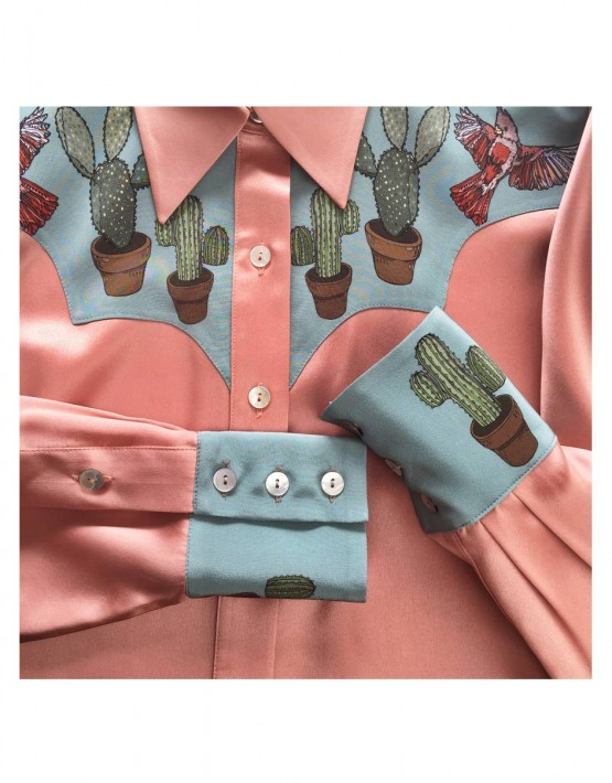 CUSHIONS_cats-and-cactus-shirt-IN-SITU_2