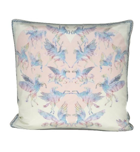 pretty-pegasus-cushion_for-web_2