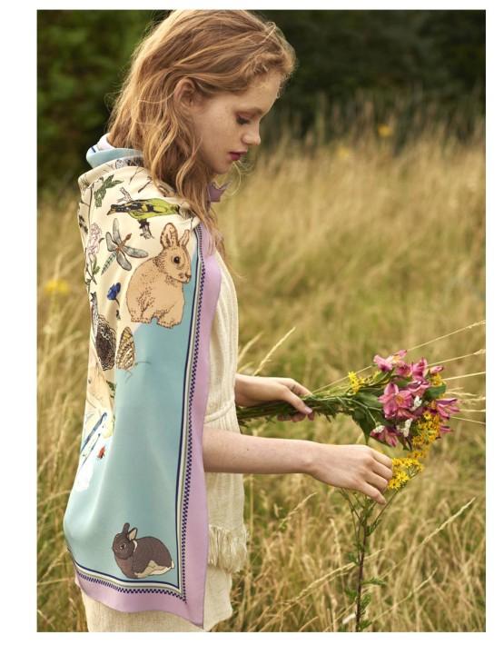 sf_spring-love-scarf_situ